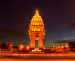 phnom penh monumento indipendenza tuttocambogia